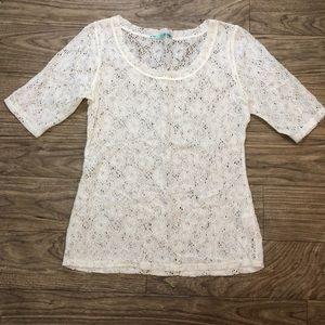 Off white 3/4 sleeve lace shirt